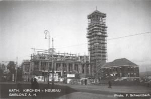 Stavba kostela na Mírovém náměstí