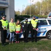 Strážníci s dětmi ze ZŠ zRýnovic a Kokonína, autor: archiv MP