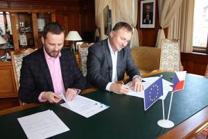 Podpis smlouvy IPRÚ, autor: Jana Fričová