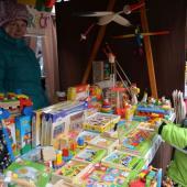 Stánek s hračkami, autor: Radka Baloghová