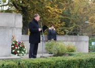 Primátor Petr Beitl u pomníku v Tyršově parku, autor: Kateřina Hujerová