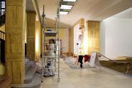 Vestibul radnice - oprava vnitřní omítky, autor: Petr Vitvar