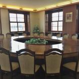 Místnost 203 - repasovaný stůl a částečná obnova 2016, autor: archiv MMJN