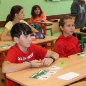 Žáci ve škole, obrázek se otevře v novém okně